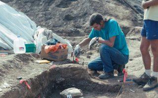 Οι παλαιοντολόγοι του Σαν Ντιέγκο ερευνούν τα οστά των μαστοδόντων.