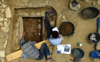 Ανασκαφή τάφου στο Πλάσι Μαραθώνα (© Τομέας Αρχαιολογίας και Ιστορίας της Τέχνης, ΕΚΠΑ)