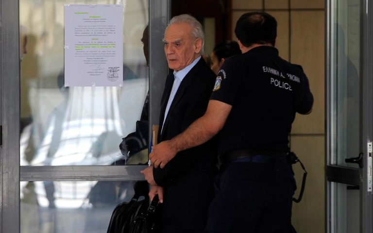 Την Παρασκευή, εκτός απροόπτου, η αποφυλάκιση του Ακη Τσοχατζόπουλου