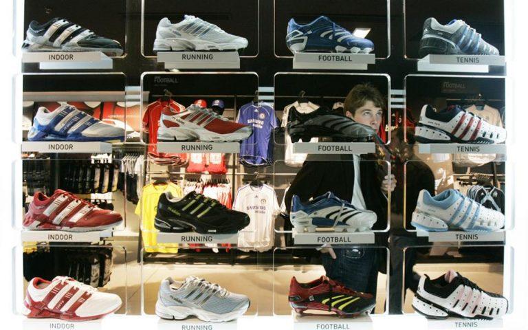 Tα Stan Smith φέρνουν κέρδη στην Adidas