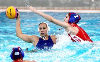 Απόψε ο Ολυμπιακός υποδέχεται τη Βουλιαγμένη και όποια ομάδα νικήσει θα κατακτήσει τον φετινό τίτλο του γυναικείου πόλο.