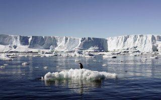enas-ellinas-kathigitis-dektos-se-apostoli-tis-nasa-stin-antarktiki0