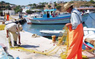 Πολλές δράσεις της Ελληνικής Εταιρείας Πολιτισμού και Περιβάλλοντος εξακτινώθηκαν στα νησιά του Αιγαίου, που κινδύνευαν από την άναρχη δόμηση και την καταστροφή του φυσικού περιβάλλοντος - Φωτογραφία: Γεωργία Κίκου.