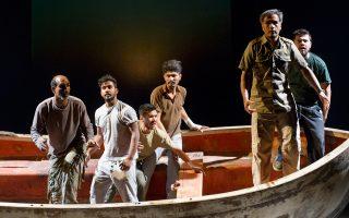 H παράσταση «Είμαστε οι Πέρσες!», από τη θεατρική ομάδα προσφύγων Station Athens.