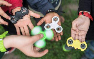 fidget-spinner-to-svoyraki-poy-egine-proektasi-toy-cherioy-2192151
