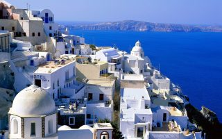 Ο Δήμος Θήρας αναγνωρίζει τη διαχρονική προσφορά του Αριστείδη Αλαφούζου στο νησί.