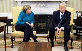 Σε τεντωμένο σχοινί οι σχέσεις της Γερμανίδας καγκελαρίου Αγκελα Μέρκελ με τον Αμερικανό προέδρο Ντόναλντ Τραμπ.