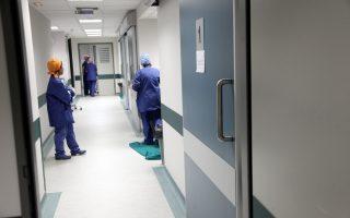 Η υποστελέχωση του ΕΣΥ έχει φέρει το νοσηλευτικό προσωπικό πέραν των ορίων του.