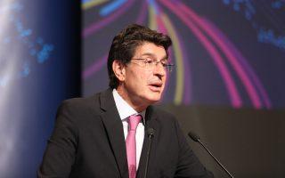 «Η Ελλάδα υπολείπεται έναντι της υπόλοιπης Ευρώπης στην ψηφιοποίηση της οικονομίας και η ύφεση επιδεινώνει την κατάσταση», τόνισε ο πρόεδρος του ΣΕΒ, Θ. Φέσσας.
