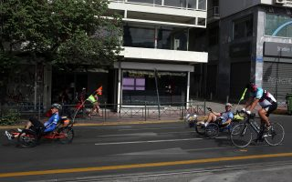 Ούτε οι ίδιοι οι ποδηλάτες επιθυμούν να κλείνει για τα μάτια τους το κέντρο της Αθήνας, έστω αυτές τις λίγες Κυριακές κάθε χρόνο. «Δεν θέλουμε να κλείνουμε την κυκλοφορία, θέλουμε να είμαστε η κυκλοφορία», όπως αναφέρουν.