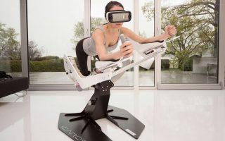 Με τα όργανα εκγύμνασης της Icaros, το σώμα καλείται να ελέγξει τις κινήσεις του μηχανήματος, αλλά και την πορεία του παιχνιδιού.