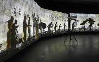 Τμήμα της βίντεο εγκατάστασης «Παίξτε τον χορό ακόμα πιο γλυκά» του Ουίλιαμ Κέντριτζ.