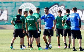 Ο Μαρίνος Ουζουνίδης περιμένει να ξεκαθαρίσει το τοπίο με τους υπό αποχώρηση παίκτες από τον Παναθηναϊκό, προκειμένου να κάνει με μεγαλύτερη άνεση τον σχεδιασμό του για τη σεζόν που έρχεται.