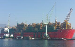 Το Prelude FLNG έχει μήκος 488 μέτρων και πλάτος 74,54 μέτρων, ενώ το βάρος του υπολογίζεται σε 600.000 τόνους.