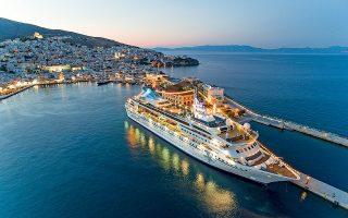 H Celestyal Cruises είναι η μοναδική ελληνική εταιρεία κρουαζιέρας με αναχωρήσεις από Πειραιά και Λαύριο και δρομολόγια σε όλο το Αιγαίο.