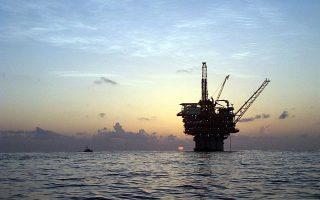 Το ενδιαφέρον μεγάλων ξένων πετρελαιοβιομηχανιών για τα ελληνικά κοιτάσματα είναι έντονο και αποδεικνύεται από τη συμμετοχή των ExxonMobil και Total στην κοινοπραξία με τα ΕΛΠΕ.