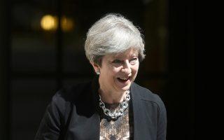 Γρήγορη διευθέτηση των οικονομικών ζητημάτων επιδιώκει η πρωθυπουργός Τερέζα Μέι.
