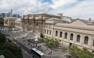 Το Μητροπολιτικό Μουσείο της Νέας Υόρκης είναι το πλέον τουριστικό αξιοθέατο της πόλης.