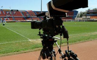 Η NOVA, βλέποντας τη συνεχή υποβάθμιση του ποδοσφαιρικού προϊόντος ζητεί αλλαγές στα συμφωνηθέντα με τη Σούπερ Λίγκα, η οποία υπενθυμίζει με νόημα τη σύμβαση του 2015 και τις ρήτρες.