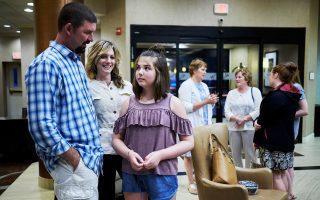 Η δωδεκάχρονη Εμιλι Ουάιτχεντ είναι η πρώτη ασθενής στην οποία επετράπη η θεραπεία.