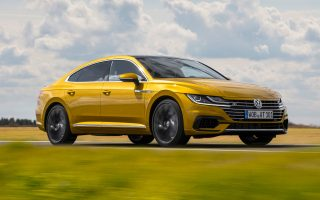 to-neo-volkswagen-arteon-magnitizei-ta-vlemmata-video0