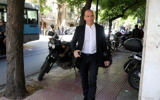 Mε ανακοίνωσή του ο ΣΥΡΙΖΑ επιχειρεί να απαξιώσει τον τέως υπουργό Οικονομικών Γ. Βαρουφάκη.