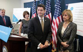 Ο Ρεπουμπλικανός πρόεδρος της Βουλής Πολ Ράιαν είχε αγαστή συνεργασία με τους Δημοκρατικούς για την ψήφιση των κυρώσεων.