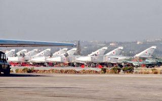 Νέα σύμβαση, σύμφωνα με την οποία η Ρωσία θα μπορεί να συνεχίσει να αξιοποιεί την αεροπορική βάση Χμεϊμίν στην επαρχία της Λαττάκειας της Συρίας επί 49 επιπλέον χρόνια, ενέκρινε την Τετάρτη το ρωσικό Κοινοβούλιο. Από τη Χμεϊμίν πετούν καθημερινά ρωσικά βομβαρδιστικά, υποστηρίζοντας τις επιχειρήσεις του κυβερνητικού στρατού της Συρίας.