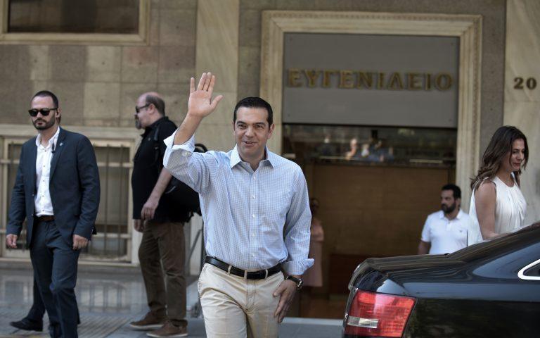 oi-eycharisties-toy-al-tsipra-meta-to-exitirio-apo-to-eygeneidio-2199112