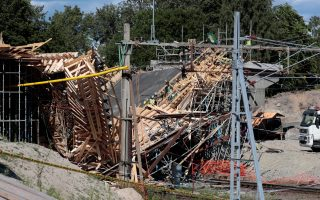Collapsed bridge is seen in Ludvika, Sweden, July 13, 2017. TT NEWS AGENY/Pavel Koubek via REUTERS     ATTENTION EDITORS - THIS IMAGE WAS PROVIDED BY A THIRD PARTY. NOT FOR SALE FOR MARKETING OR ADVERTISING CAMPAIGNS. SWEDEN OUT. NO COMMERCIAL OR EDITORIAL SALES IN SWEDEN. NO COMMERCIAL SALES.
