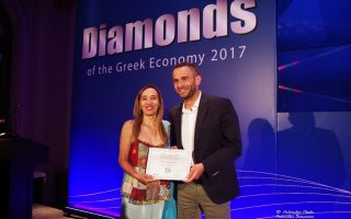 vraveio-diamonds-of-the-greek-economy-ston-omilo-electra-hotels-amp-038-resorts0