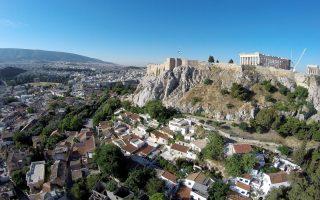 Τα ακίνητα στη σκιά της Ακρόπολης που διατίθενται μέσω της Airbnb υπολογίζονται σε περίπου 5.130.