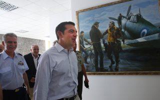 tsipras-se-pyrosvestes-paradeigma-gia-oloys-to-ergo-sas0