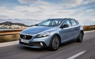 neo-volvo-v40-cross-country-t3-1-5-auto-21-900-e0