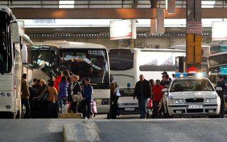 Το ΚΤΕΛ Κηφισού (φωτ.), όπως και εκείνο της οδού Λιοσίων, αδυνατεί πλέον να εξυπηρετήσει τις ανάγκες των επιβατών της πρωτεύουσας.
