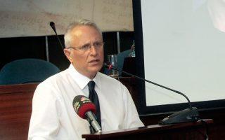 «Οποιος ψηφίζει Γιάννη Ραγκούση, ψηφίζει αρχηγό αξιωματικής αντιπολίτευσης», είπε χθες ο πρώην υπουργός.
