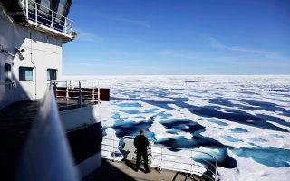 Το μήκους τριακοσίων μέτρων πλοίο διαθέτει τη σχετική θωράκιση ώστε να πλέει μέσω πάγου πάχους 2,1 μέτρων.