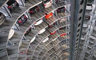 Η γερμανική αυτοκινητοβιομηχανία απασχολεί 800.000 εργαζομένους.