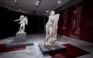 Στο Μουσείο Ακρόπολης, η έκθεση «Emotions. Ενας κόσμος των συναισθημάτων» φέρνει συγκεντρωμένα αριστουργήματα από κορυφαία μουσεία. Στη φωτογραφία ο «Ερως» και ο «Πόθος».