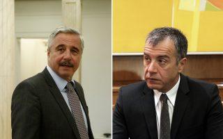 Ο Γ. Μανιάτης θα ανακοινώσει και επισήμως σήμερα την υποψηφιότητά του, ενώ ο Στ. Θεοδωράκης αύριο.