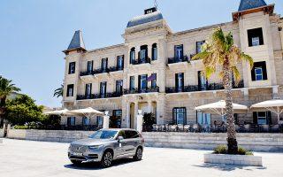 synergasia-volvo-car-hellas-kai-poseidonion-grand-hotel0
