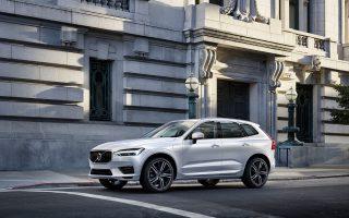Διαθέσιμο αποκλειστικά με δίλιτρους κινητήρες βενζίνης και diesel, με ισχύ από 190 ίππους, το XC60 T8 R-Design.