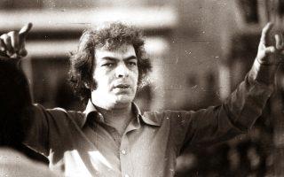 Η συνολική δισκογραφία του δεν ξεπερνά τα 130 τραγούδια. Κανένα έργο του, όμως, δεν έμεινε απαρατήρητο.