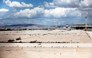 Είναι εξαιρετικά δύσκολο να τηρηθεί το χρονοδιάγραμμα της μεγάλης επένδυσης στο πρώην αεροδρόμιο του Ελληνικού χωρίς νέες καθυστερήσεις.