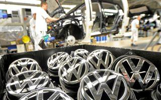 Η γερμανική αυτοκινητοβιομηχανία έχει ήδη αρχίσει να παράγει στην εν λόγω μονάδα το νέο της μοντέλο ελεύθερου χρόνου, το μικρό T-Roc, που αποτελεί την απάντησή της στο σκάνδαλο ντίζελγκεϊτ.