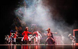 Τον θρυλικό «Καρυοθραύστη» του Τσαϊκόφσκι θα παρουσιάσουν τα κινεζικά μπαλέτα Guangzhou στο Μέγαρο Μουσικής Θεσσαλονίκης, στο πλαίσιο του έτους Ελλάδας - Κίνας 2017.