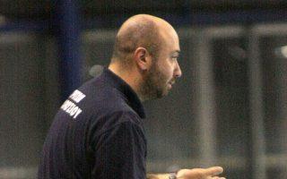 Ο ομοσπονδιακός προπονητής Στέφανος Λέανδρος.