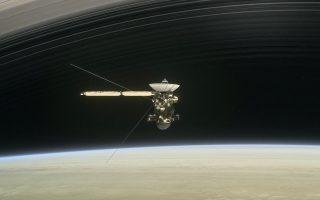 Επί 13 χρόνια το διαστημόπλοιο εξερευνούσε τον μαγικό κόσμο του Κρόνου, των δακτυλίων και των δορυφόρων του.