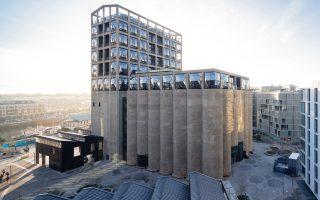 Ενα σύμπλεγμα από σιλό έγινε ένα λαμπρό νέο μουσείο στο Κέιπ Τάουν της Νοτίου Αφρικής.