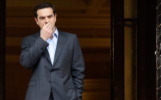 Μετά την επιστροφή του κ. Τσίπρα από την Κέρκυρα, το πρωθυπουργικό επιτελείο κινητοποιήθηκε προκειμένου να περιοριστεί ο αντίκτυπος από τη ρύπανση στις ακτές της Αττικής.